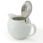 Kettle with strainer 450 ml has next color: White